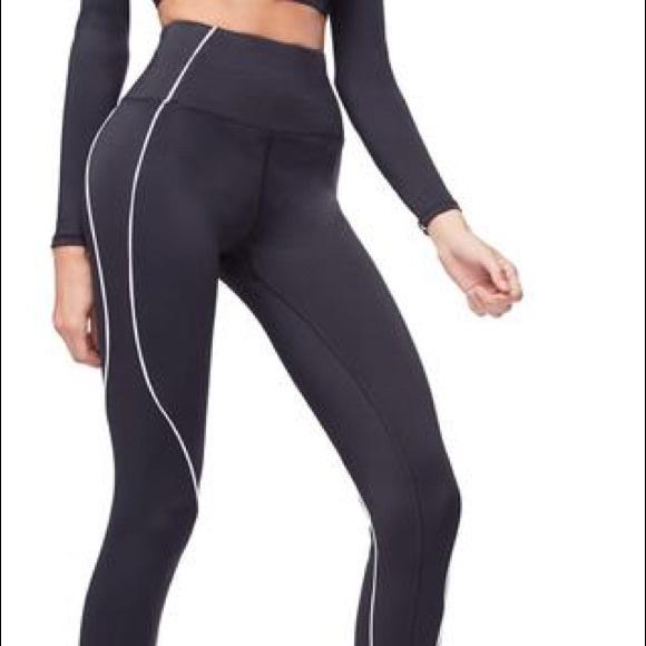 3c0c16f730c Good American Pants - Good American Electric Feel Leggings